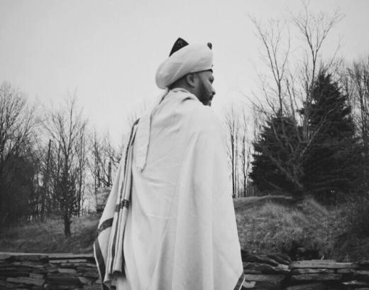 sheykh white.jpg