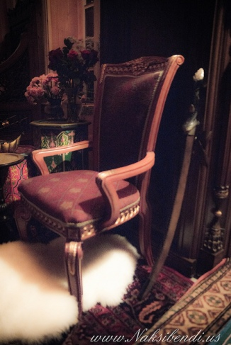 sultan-throne
